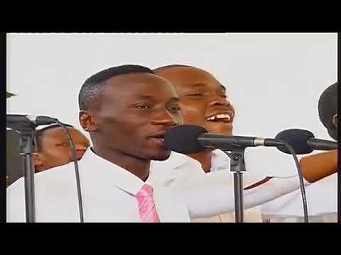 Download Hakuna Mungu Kama Wewe - Kwaya Ya Uinjilisti Ushirika Wa Kijitonyama