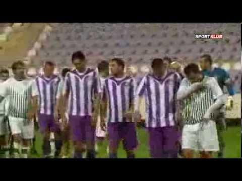 Újpest-Fradi igazi focistákkal