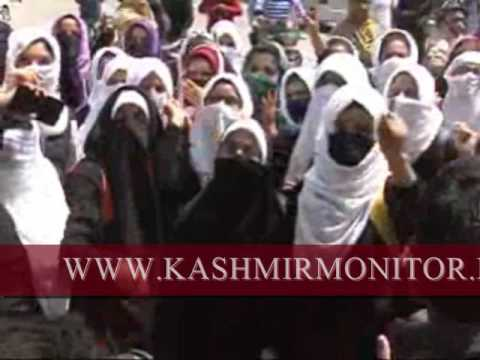 Students of Women's College M A Road stage protest