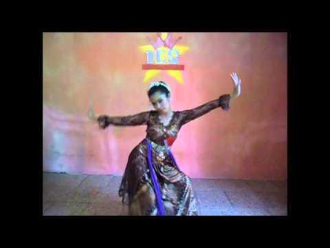 tari jaipong-by indonesian culture stars