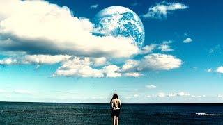 地球上空出现神秘行星,上面竟然复制了每一个人类!速看科幻电影《另一个地球》