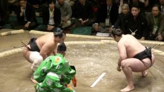 20120108 大相撲初場所 初日 琴欧洲vs安美錦.