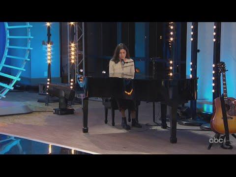 Julia Gargano Performance