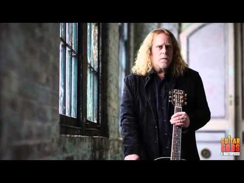 Warren Haynes speaks about Ashes and Dust - Guitar Gods Part 1
