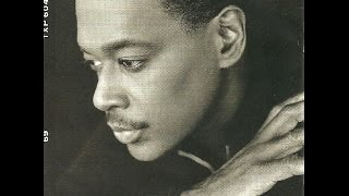 Download LUTHER VANDROSS   Knocks Me Off Me Feet     R&B MP3 song and Music Video