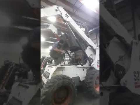 Bobcat creep repair | FunnyCat TV