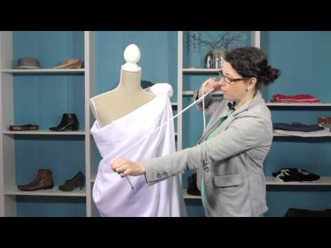 How to Wrap a Roman Toga : Style Solutions