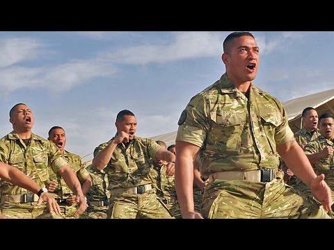 【地球最強の民】トンガ王国海兵隊・戦闘の雄叫び(シピタウ) - Royal Tongan Marines War Cry (Sipi Tau)