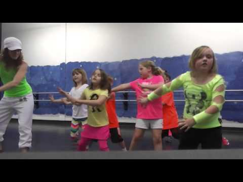 ZumbAtomic (Zumba for kids) I knew you were trouble by Taylor Swift