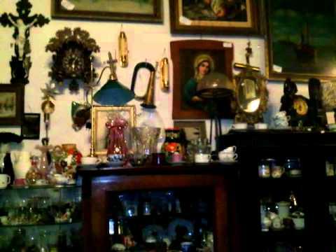 second hand shop in Prague
