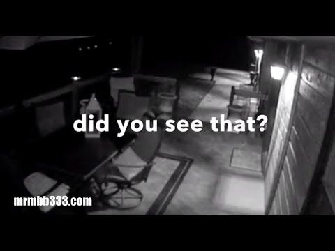 nouvel ordre mondial | Une caméra de surveillance filme un fantôme près d'une maison