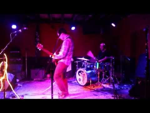 Tereu Tereu - Blue Blood (live at DC9)