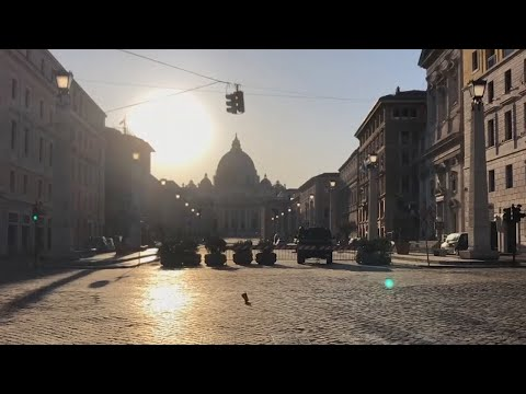 Timelapse shows empty streets of Rome as Italy's coronavirus lockdown continues