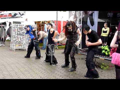 AMPHI 2011 Industrial Dancer