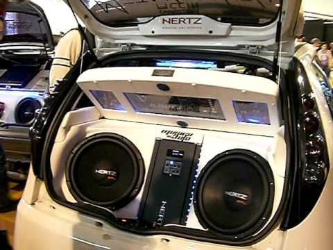 Bose Car Stereo >> impianti audio e auto da sogno in fiera a pordenone - YouTube