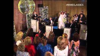 Randy Savage and Elizabeth Wedding PT 2(The Wedding Reception of Randy and Elizabeth - an uninvited guest arrives - SummerSlam 1991., 2012-01-31T17:21:49.000Z)