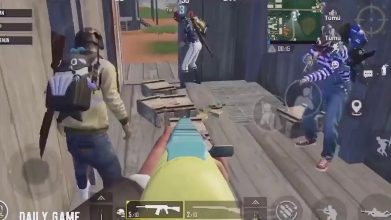 【PUBGM Funny Moments】Campers Boys VS Campers Girls