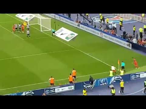 Angers v Paris St-Germain Coupe de France 2017 : Issa Cissokho own goal