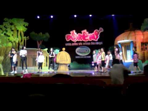(Đồ Rê Mí 2011) Đi cấy - Trí Dũng, Minh Hạnh, Nhóm Năm Dòng Kẻ