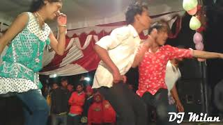 Aso Aso Aso New English dj song dance by tharu girls  2018