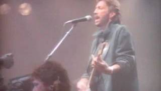 Watch Eric Clapton Forever Man video