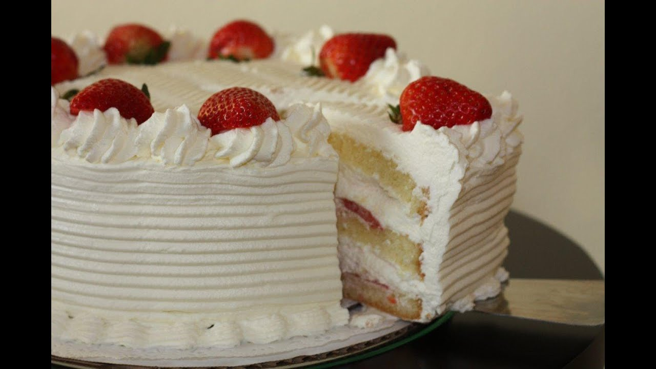 White Cake With Strawberries Recipe And Decoration Youtube