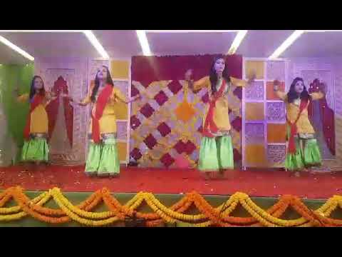Holud dance - Uth chori tor biye hobe