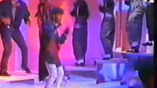 Pennye Ford performs Dangerous (1984 R&B/Funk)