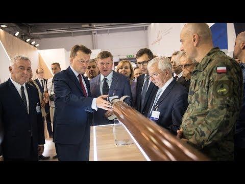 Minister obrony na XXVI Międzynarodowym Salonie Przemysłu Obronnego