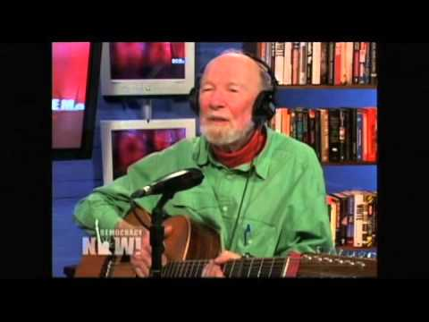 Pete Seeger Interview on Democracy Now in '04