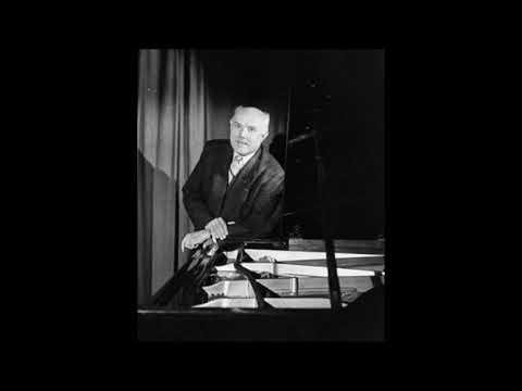 Mozart - Piano sonata K.279 - Gieseking
