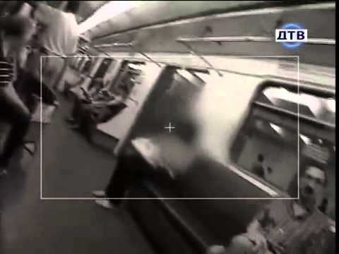skritaya-kamera-v-kvartire-zhena-izmenyaet-video