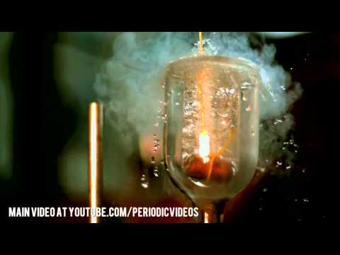 Room Temperature Copper dunked in Liquid Nitrogen (slow motion)