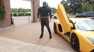 TYSON FURY TURNS UP IN LAMBORGHINI & BURSTS INTO PRESS CONFERENCE AS BATMAN !!! / KLITSCHKO v FURY