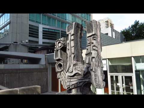 Tourist - Montreal, la balade pour la paix