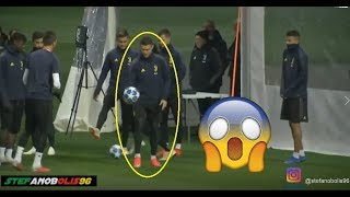Juventus Vs Valencia ⚽ Cristiano Ronaldo Segna da Dietro la Porta! ⚽ 2018\2019 ⚽ HD #Juventus