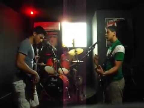 Banda Uprising - Sing for Absolution