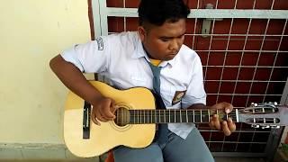 Video Keren Habis Cowok Jago Main Gitar Mirip Nathan Sambalado download MP3, 3GP, MP4, WEBM, AVI, FLV Desember 2017