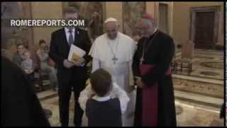 Pope to ill children: Your prayers and inexplicable suffering, help the Church
