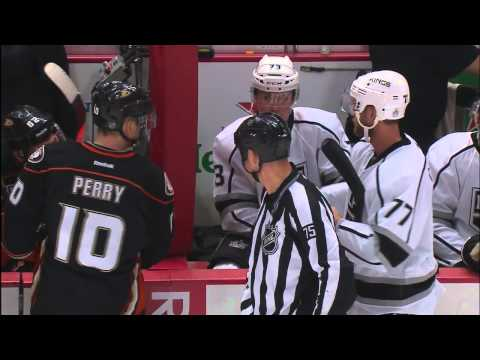 Perry fills up Carter's glove with water