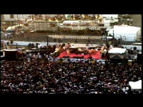Rage Against The Machine - Democratic Convention 2000