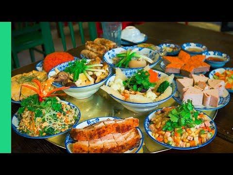 TET FEAST in Hanoi! Meatball Jello and Pigeon Soup. (Vietnamese Tet Food Day 1)
