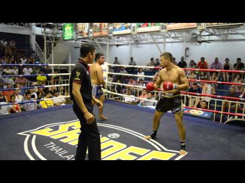 Sergio PTT (USA) vs Samransak (Thailand) Muay Thai fight 21 Oct 2015