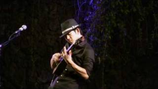 Jake Shimabukuro-While My Guitar Gently Weeps