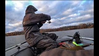 Вечерний ДЖИГ Выход судака и щуки я застал Рыбалка на спиннинг на Оби по холодной воде