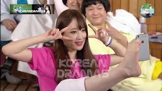 Những khoảnh khắc trở hài hước  của các idol Kpop