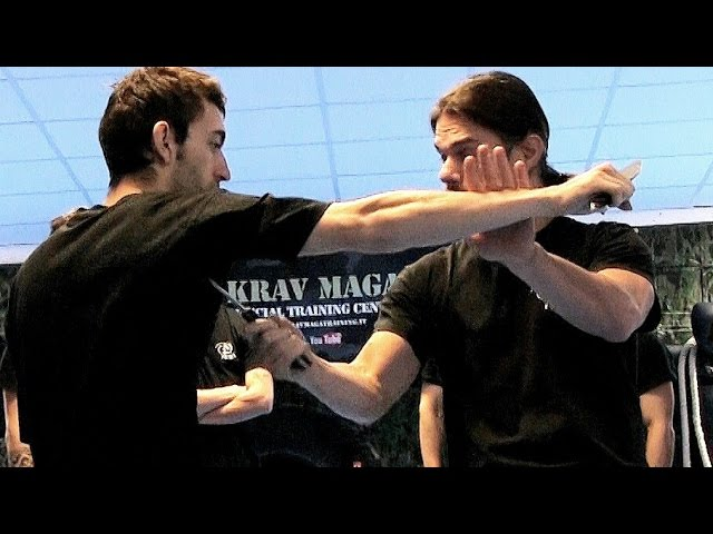 KRAV MAGA TRAINING • Knife vs Knife fighting & counter techniques