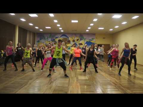DESPACITO – Zumba Fitness – Luis Fonsi ft Daddy Yankee