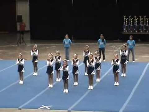 Pee wee cheerleading competitivo
