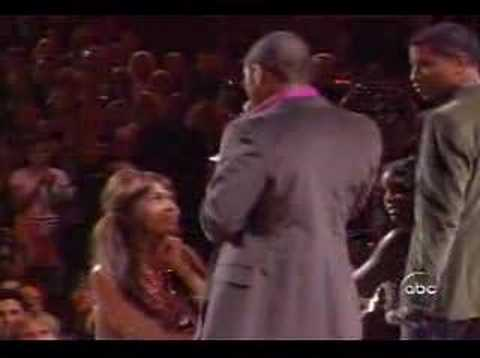 Usher & Babyface Vs. Destiny's Child - Cater 2 you (Live)